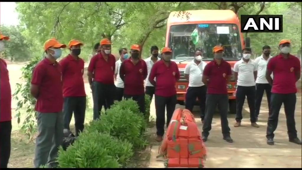 गुजरात चक्रवाती तूफान तौकते को देखते हुए राज्य में NDRF की टीमें तैनात