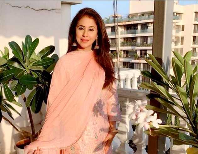 अभिनेत्री उर्मिला मांतोंडकर मंगलवार को शिवसेना में शामिल होंगी