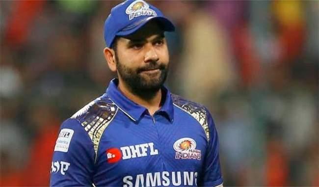 भारतीय क्रिकेट प्रेमी रोहित की फिटनेस के बारे में जानने के हकदार : गावस्कर