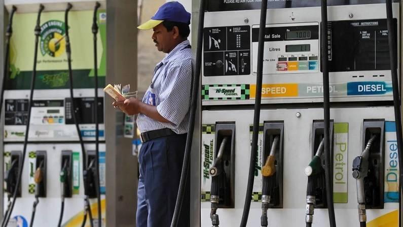 राजस्थान, मध्यप्रदेश में पेट्रोल 102 रुपये लीटर तक पहुंचा, लगातार चौथी दिन बढ़े दाम
