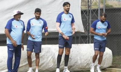 भारतीय गेंदबाजों के लिए काफी सम्मान लेकिन हमारे बल्लेबाजों ने उन्हें काफी खेला है: लैंगर