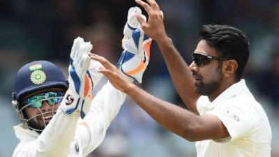 पंत और अश्विन आईसीसी महीने के सर्वश्रेष्ठ खिलाड़ी के लिये नामांकित