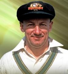 25 फरवरी : ऑस्ट्रेलिया के सर्वकालिक महान बल्लेबाज का निधन