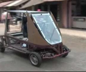 किसान ने घर पर बनाई इलेक्ट्रिक कार, सिंगल चार्ज में चलती है 300km, महज 8 घंटे में हो जाती है चार्ज