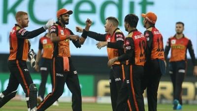गेंदबाजों के कमाल से सनराइजर्स ने दिल्ली कैपिटल्स को हराया