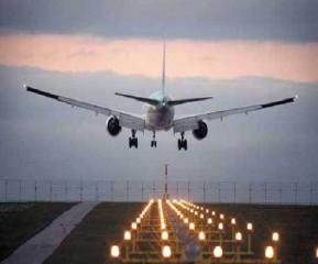 अमेरिका में अंतरराष्ट्रीय यात्रा प्रतिबंध लागू रहेंगे