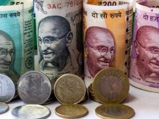 शुरुआती कारोबार में रुपया 27 पैसे फिसला