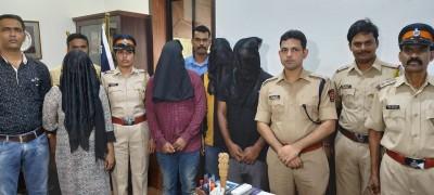 मुंबई पुलिस ने दिल्ली में फर्जी कॉल सेंटर का भंडाफोड़ किया, पांच व्यक्ति गिरफ्तार