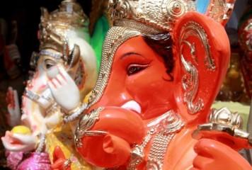 बुधवार को करें भगवान गणेश की आराधना, पूजा में जरूर चढ़ाएं ये चार चीजें