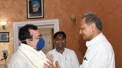 कांग्रेस विधायकों से रायशुमारी के लिए बुधवार को जयपुर आएंगे माकन