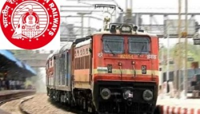 रेलवे ने दो परत की कंटेनर ट्रेन का सफल परीक्षण पूरा किया