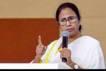 ममता बनर्जी ने ईंधन के दामों में वृद्धि को तत्काल वापस लेने की मांग की