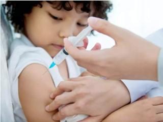 तीन कारणों से बच्चों का कोविड-19 टीकाकरण अनिवार्य है