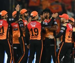हैदराबाद ने दिल्ली को 15 रन से हराया, दर्ज की टूर्नामेंट में पहली जीत