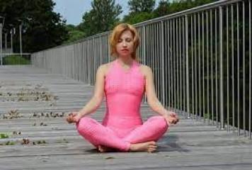 अंतरराष्ट्रीय योग दिवस 2021: योग करें निरोग रहें, बेहद आसान हैं ये योगासन