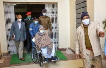 लालू प्रसाद यादव को दिल्ली के एम्स में भर्ती कराया गया