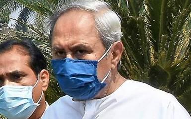 नवीन पटनायक ने प्रधानमंत्री से खुले बाजार में कोविड-19 के टीके की बिक्री की अनुमति देने की अपील की