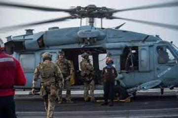 ओमान तट के पास तेल के टैंकर पर ड्रोन से हमला किया गयाः अमेरिकी नौसेना