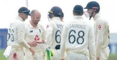 इंग्लैंड ने पहले टेस्ट में श्रीलंका को सात विकेट से हराया