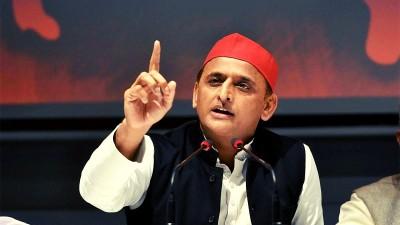 भाजपा राज में घोटालों के कारण बढ़ा विदेश में जमा 'कालाधन' : अखिलेश