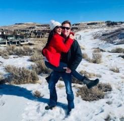 प्रीति जिंटा ने पति के साथ शेयर की रोमांटिक Photo, कैप्शन में खुलकर जाहिर किया प्यार