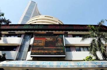 बाजार रिकार्ड ऊंचाई पर, सेंसेक्स 446 अंक उछला; निफ्टी 13,000 के पार