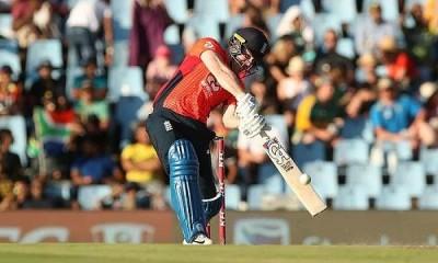 इंग्लैंड ने दक्षिण अफ्रीका को चार विकेट से हराकर श्रृंखला जीती