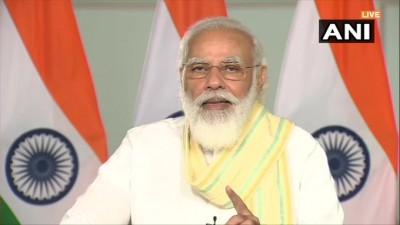 पूरा देश रेहड़ी पटरी वालों के श्रम का सम्मान करता है :: मोदी