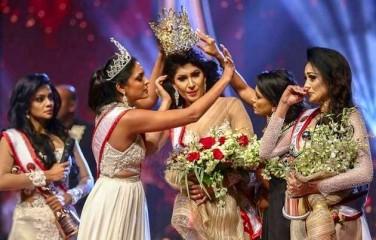 'मिसेज श्रीलंका' का ताज जबरन उतारने के मामले में 'मिसेज वर्ल्ड' ने खिताब त्यागा