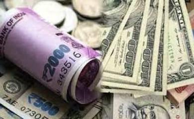 रुपये में लगातार पांचवें दिन तेजी, डॉलर के मुकाबले तीन पैसे मजबूत