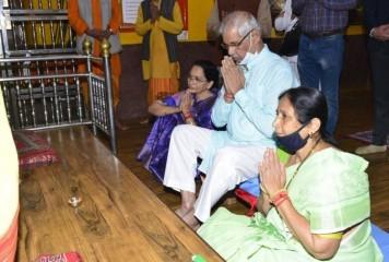 हिमाचल प्रदेश के राज्यपाल राजेंद्र विश्वनाथ अर्लेकर ने शिमला के जाखू मंदिर में की पूजा