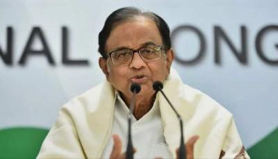 प्रधानमंत्री और स्वास्थ्य मंत्री ने अपने जिम्मेदारियों से पल्ला झाड़ा: चिदंबरम