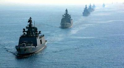नौसेना ने विदेशों से ऑक्सीजन लाने के लिए नौ युद्धपोत तैनात किए