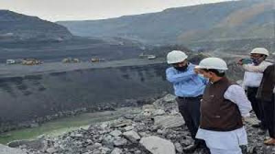 बाधाओं को दूर करें, बिजली संयंत्रों को निर्बाध आपूर्ति सुनिश्चित करें: कोयला मंत्री ने सीआईएल से कहा