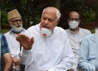 फारुक अब्दुल्ला को नमाज पढ़ने के लिए आवास से बाहर जाने से रोका गया: एनसी