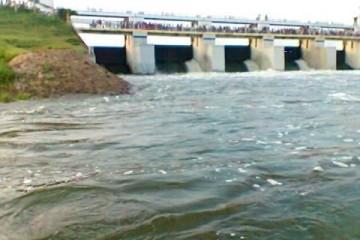 चेन्नई के जलाशयों में पानी लगभग भर चुका है, अधिकारियों ने मुख्य जलाशयों से पानी छोड़ने को कहा