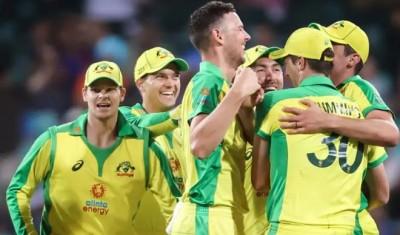 स्मिथ फिर चमके, आस्ट्रेलिया ने दूसरे वनडे में भारत को रौंदकर श्रृंखला में अजेय बढ़त बनायी