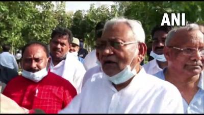 मुख्यमंत्री नीतीश कुमार और जल संसाधन मंत्री संजय कुमार झा ने बांका के ओढ़नी जलाशय का दौरा