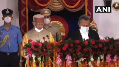 हिमाचल प्रदेश राजेंद्र अर्लेकर ने शिमला के राजभवन में राज्य के नए राज्यपाल के रूप में शपथ ग्रहण की।