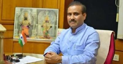 महाराष्ट्र में निजी अस्पताल कोविड-19 का अनुचित फायदा उठा रहे हैं : टोपे