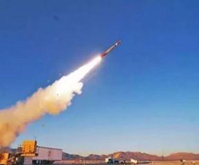 अमेरिका ने इराक में सैन्य अड्डे पर रॉकेट हमले के जवाब में सैन्य कार्रवाई की चेतावनी दी