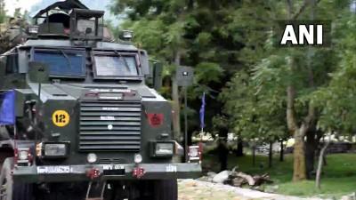 जम्मू कश्मीर के पुलवामा में मुठभेड़ में जैश-ए-मोहम्मद के दो आतंकवादी ढेर