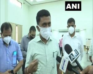 गोवा मेडिकल कॉलेज के परीक्षा भवन को ऑक्सीजन बेड वाले अस्पताल के रूप में तैयार    प्रमोद सावंत