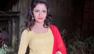 पोर्नोग्राफी केस में अभिनेत्री गहना वशिष्ठ को मिली राहत, सुप्रीम कोर्ट ने गिरफ्तारी पर रोक लगाई